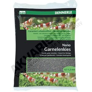 Dennerle Nano Garnelenkies, písek do miniakvária Sulawesi schwarz (černý) 2kg