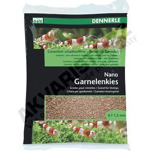 Dennerle Nano Garnelenkies, písek do miniakvária Borneo braun (hnědý) 2kg